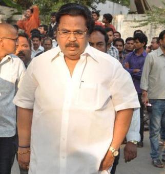 Veteran director, ex-minister Dasari Narayana Rao dies