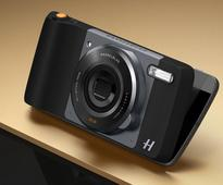 Hasselblad True Zoom Moto Mod with 10x optical zoom, Xenon flash announced