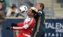 Femi Hollinger-Janzen late goal gives Revolution 2-1 win over the Sounders