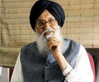 Punjab CM Badal calls Kejriwal's Golden Temple visit a ...
