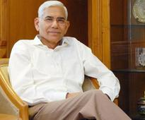 Will look into compensation issues in banks: Vinod Rai