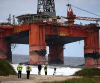 Thousands of gallons of diesel oil lost from grounded Transocean Winner