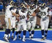 No bitterness as quarterback Bradford returns to Philadelphia