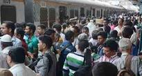 Commuters stranded after signal failure at Andheri stn