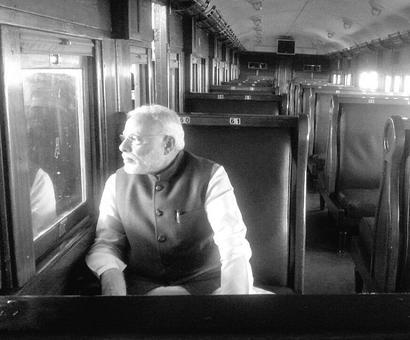 Modi relives Mahatma's 1893 train journey