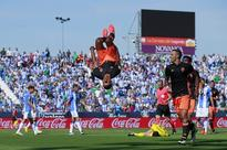 After turbulent start, high-flying Nani is finding his feet at a Valencia side struggling for stability