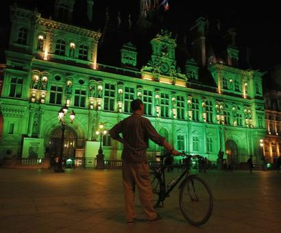 World goes green in solidarity with Paris climate accord