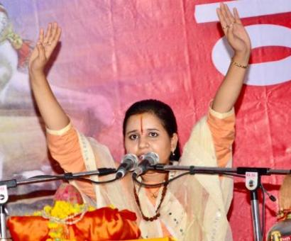 Hang beef-eaters, says sadhvi; prosecute her, says Cong
