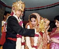 Band, Baaja, Bollywood: Revisiting King of Romance SRK and Gauri's love story on their 25th marriage anniversary!