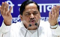 BJP's youth brigade attacks top BSP leader after expelled party leader Dayashankar's arrest