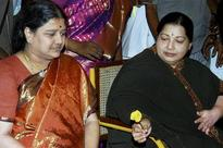 Sasikala Natarajan's Ascent from a Housewife to Next AIADMK Chief