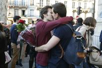 France Defies Protests to Legalise Gay Marriage