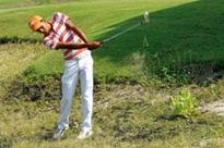 This Rajkot teenager tees off in style