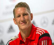 Bastian Schweinsteiger announces retirement from international football