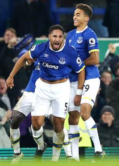 PHOTOS: Arsenal lose to Everton, Leicester back into doldrums