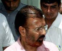 Vanzara's weird 'symbols' of power: Ex-DIG garlands ...