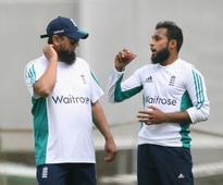Pakistan vs England: Saqlain Mushtaq highlights fluidity of national allegiances once players retire