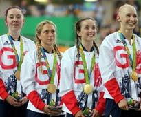 Cycling - Britain overwhelm U.S. in women's team pursuit