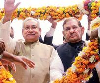 Nitish takes Nalanda jab at Centre