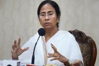 Mamata accuses West Bengal governor of toeing Centre's line
