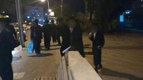 Neturei Karta Jews run wild into house of rabbi
