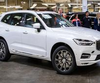 New Volvo XC60 Rolls Off The Production Line In Sweden