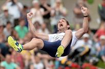 Lavillenie clears 5.95m and Vicaut runs 9.88 at French Championships