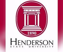 Henderson State Reddies break into...