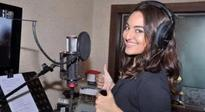 Sonakshi turns singer for