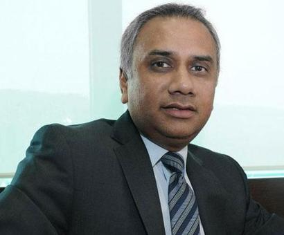 Low-profile Salil Parekh starts his innings at Infosys