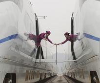 Debts spark calls to split up China railway corp