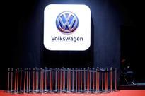 Volkswagen looks at rehiring Opel CEO - source