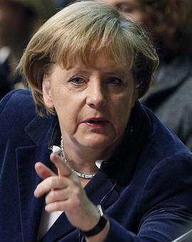 Merkel re-elected by party to lead it into 2017 polls