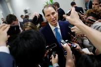 U.S. considering currency clause for NAFTA, trade deals - Wyden