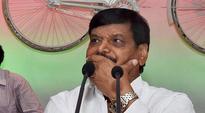 Akhilesh's list drops 80 leaders named by Mulayam