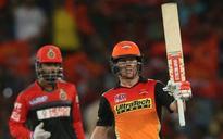 David Warner blitz helps Hyderabad humble Bangalore