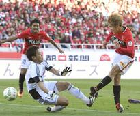 Reds clinch top spot in J. League table despite draw with F. Marinos