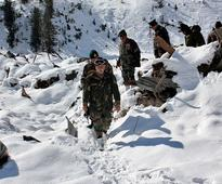 Jammu and Kashmir avalanche: Efforts to locate 5 missing Indian Army soldiers continue as weather hampers operations