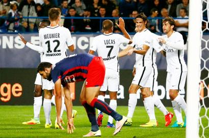 PSG beat Dijon 3-0 to keep pressure on Monaco
