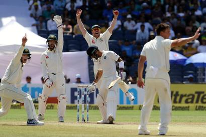 Angry Kohli slams batsmen after Pune flop show