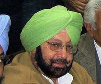 Captain Amarinder Singh firmly in the saddle as Sidhu and SAD MLAs join ranks of Congress