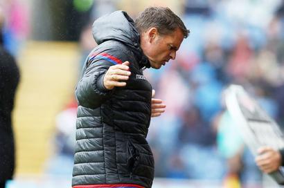 EPL snapshots: Crystal Palace sack manager Frank de Boer