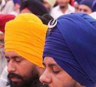 Sikhs hail US senator for championing minority rights