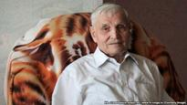 An 85-Year-Old Pensioner Is Russia's Most Unlikely Dissident