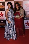 Divyanka Tripathi shows off her six packs; Karan Patel, Ankita Bhargava attend Star Parivaar Awards