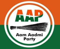 AAP office-bearers, 400 workers quit party