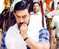 Aamir Khan : Salman, SRK bigger stars than me