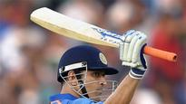 MS Dhoni is playing the captain's role again
