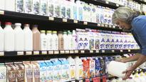 Why Americans Have Stopped Drinking Skim Milk
