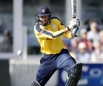 James Vince Responds To England Snub With Top Knock which gives Hants hope